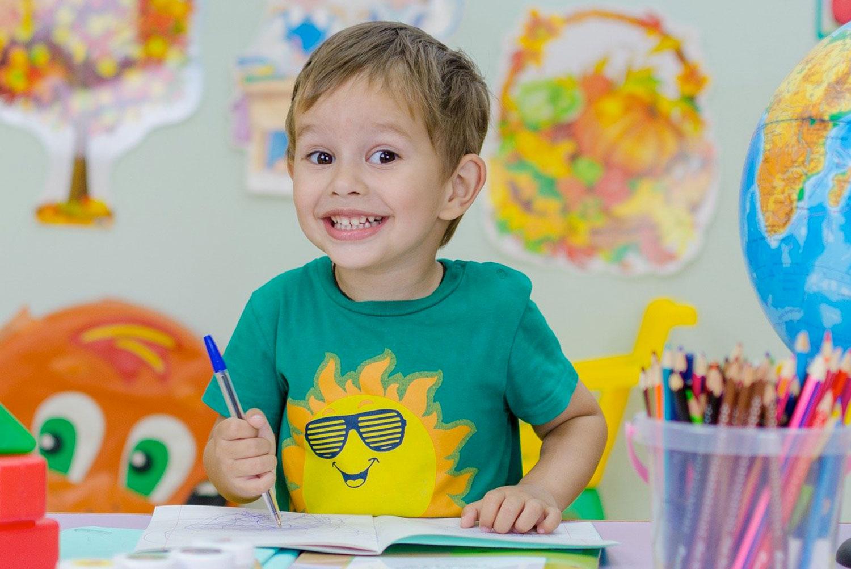 Comment bien préparer la première rentrée de votre enfant en maternelle ?